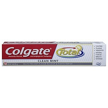Anticavity Fluoride and Antigingivitis Toothpaste Clean Mint