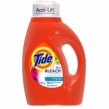 Tide Liquid Detergent plus Bleach Alternative, 26 Loads Clean Breeze