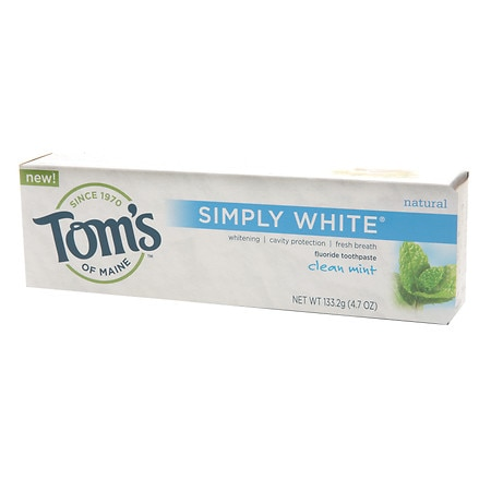 Tom's of Maine Simply White Natural Fluoride Toothpaste Clean Mint