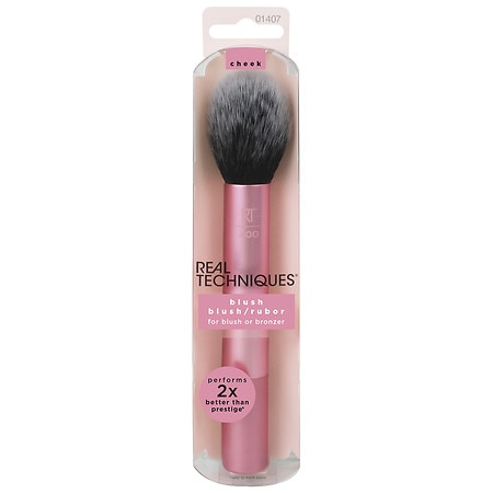 Real Techniques by Sam & Nic Chapman Blush Brush - 1 ea