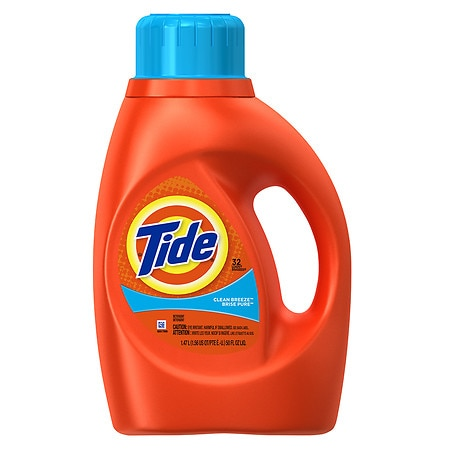 Tide Liquid Laundry Detergent 32 loads Clean Breeze