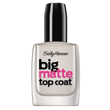 Big Matte Top Coat is a mani must-have for nail lovers. Enhance, compliment and protect your favorite nail creations. The quick-drying top coat is fortified with mattifiers that instantly transforms any manicure into a velvetty, matte 10mins.mls: